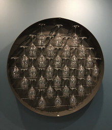 Mont Rouge lyfter vinglasen till skön och funktionell inredningsdesign