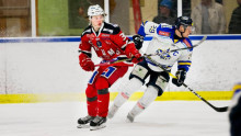 Lukas fick chansen på TBS hockeygymnasium - nu är han uttagen till Team 19-landslaget