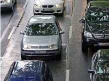 Rettungsgasse: Autofahrer stehen immer noch häufig auf der Leitung