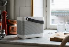 """Design prisvindende Beolit 12 fra B&O PLAY lanceres nu i """"White Edition"""""""