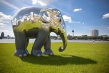 Artist Jens Klelund creates a marble masterpiece