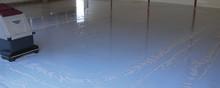 Flowcrete Sweden AB kompletterar sitt produktsortiment med specialdesignade rengöringsprodukter för härdplastbeläggningar.
