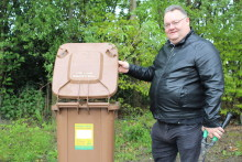 Community groups and charities to receive free garden waste collections