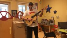 Bauer Media stödjer MusikBojens projekt på Akademiska barnsjukhuset
