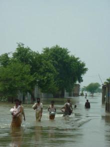ActionAid på plats i översvämningsdrabbade Sydasien