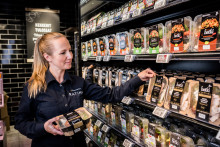 """K-Supermarket Ratina on saanut Freshin tuotteista todellisen """"vihreän piristysruiskeen"""""""