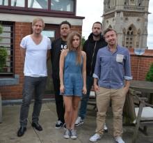 Svenska NONONO nu signade till Warner Brother Records UK!