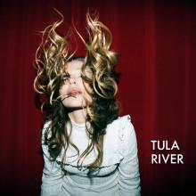 Tula släpper ny singel och åker på Europaturné