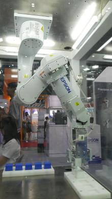 เอปสัน เปิดตัวหุ่นยนต์แขนกลใหม่ครั้งแรกในเอเชียตะวันออกเฉียงใต้