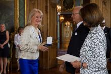 Alexandra Charles fick Kungens medalj