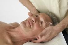 Krankenkassen nutzen Osteopathie zur Mitgliederwerbung –  VOD empfiehlt bei Leistungskürzungen Vergleich und Kassenwechsel