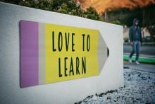 Jetzt weiter erzählen: Die besten Webinare für Studis im Februar