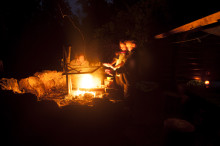 Friluftsaktiviteter i november: Vinterbjudning, vandra med barnvagn och skogsträna