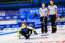 Curling-VM: Förlust mot Ryssland. Sveriges ranking inför slutspelet avgörs i kvällspasset.