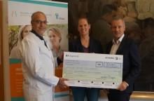amedes spendet 20.000 Euro an Deutsche Stiftung Eierstockkrebs