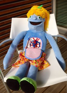 Lastenklinikan sydänpotilaat saavat uuden terapia-nuken