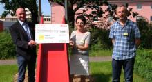 E.ON-Mitarbeiter unterstützen Kinderbetreuungszimmer am Klinikum St. Marien in Amberg