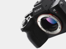 Η Sony παρουσιάζει την νέα Alpha 7R IV υψηλής ανάλυσης φωτογραφική μηχανή με τον πρώτο παγκοσμίως αισθητήρα εικόνας οπίσθιου φωτισμού 61,0 MP