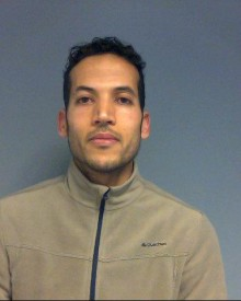Appeal to trace wanted man – Reading