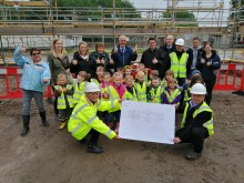 Pilmuir Nursery children give new building thumbs up