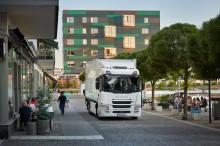 Meilenstein in der Elektrifizierung bei Scania – Einführung der ersten kommerziellen Elektro-Lkw-Baureihe