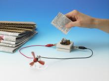 Produrre energia con i biglietti di Natale usati? Con le bio-batterie di Sony potrebbe non essere fantascienza