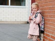 Telia först ut att erbjuda den barnsmarta mobilklockan Xplora X5 Play med eSIM