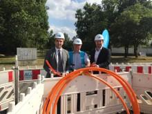Spatenstich zum Glasfaser-Netzausbau in den Gewerbegebieten in Taunusstein