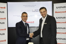SATAIR SIGNS DISTRIBUTION AGREEMENT WITH HONEYWELL AEROSPACE FOR JETWAVE IN-FLIGHT Wi-Fi FOR BUSINESS JET MARKET
