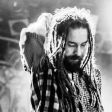 Svenska punkbandet Charta 77 släpper album och bok