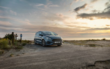 Nový Ford Galaxy a zdokonalený S-MAX jsou ještě stylovější, komfortnější a moderněji vybavené