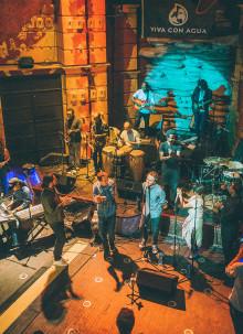 Clueso, Samuel Yirga & Friends: 'AAND NEN' (WE ARE ONE) - Song & Musikvideo zugunsten von Viva con Agua in Äthiopien