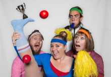 Clowner utan Gränser på skolor i Uppsala för att öka kunskapen om barnkonventionen
