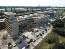 BRAIN BOX BERLIN ist fertig: Bürocampus der Zukunft nahe Flughafen BER