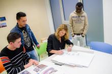 VOD-Mitglieder und Patienten spenden 11 000 Euro an Steffi-Graf-Stiftung