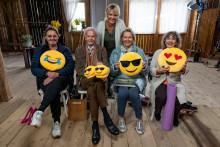 Succén Seniorsurfarna tillbaka med Kattis Ahlström och nya deltagare