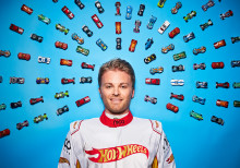 50 JAHRE HOT WHEELS® - CHALLENGE ACCEPTED MIT NICO ROSBERG