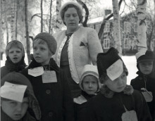 Finska krigsbarn efterlyses inför utställning i Lindesberg