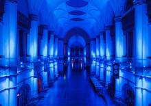 Upplev en mystisk natt på Nordiska museet under höstlovet