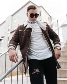 """Nysignade Radoz släpper singeln """"Upp"""" med tillhörande video"""