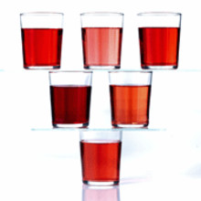 Ensure the attractiveness of your naturally colored red beverages