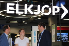 Karsten Warholm og Elkjøp med samarbeidsavtale