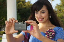 Nouveaux Cyber-shot™ de Sony avec zoom Intelligent 10x et un mode artistique Picture Effect