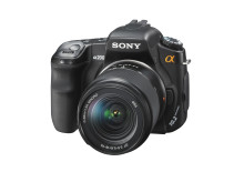 Entry-level α200 DSLR and stylish digital photo frames scoop two TIPA Awards for Sony