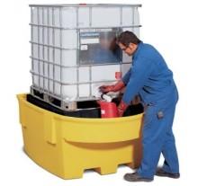 Extrautrustat uppsamlingskärl för smidig lagring av IBC behållare.