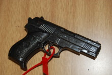 BB Gun and cash seized following warrant in Woodchurch, Wirral