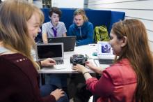 MDH bjuder in gymnasieelever till att prova på teknikstudier