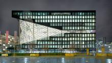 Axel-Springer-Neubau kurz vor Fertigstellung