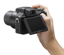 High spec, high quality, high zoom, small size: The new Cyber-shot H50