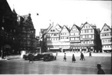 Stuttgart 1942: Experten von Eppli begutachten Ihre Erinnerungsstücke